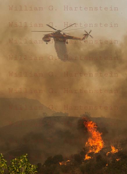 Sand IC HeliTanker drops off Placerita Cyn 07-24-2016