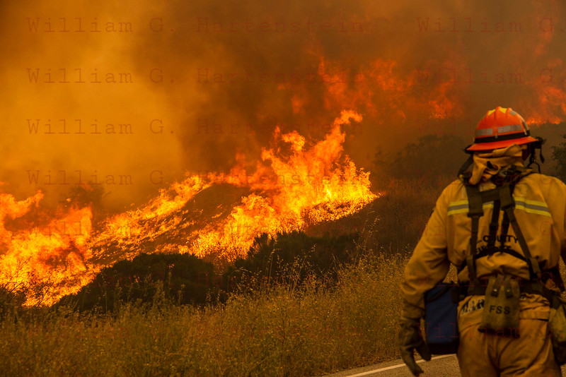 Sand IC Day 3 LACoFD Fire Capt on Placerita Cyn 07-24-2016