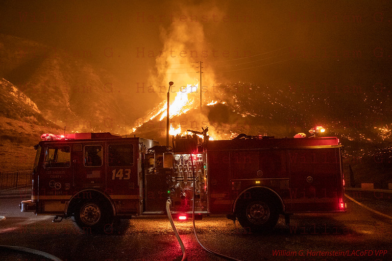 Woolsey Fire 29900 Blk of Rolling Ridge Dr. Agoura Hills, CA. 11-09-2018