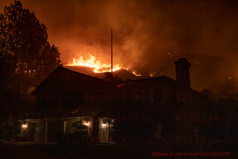 Woolsey Fire 5700 Block of Willowtree Dr. Agoura Hills, CA. 11-09-2018