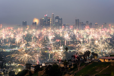 Los Angeles fireworks, 4th of July 2019 from Kenneth Hahn park