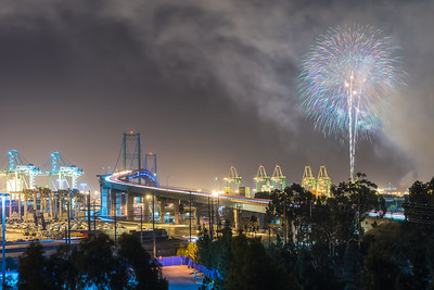 San Pedro fireworks, Vincent Thomas Bridge