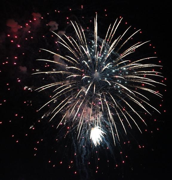 Bicentennial Fireworks 51