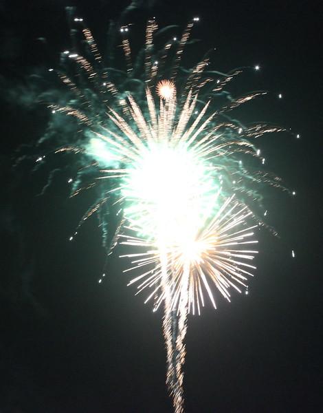 Bicentennial Fireworks 25
