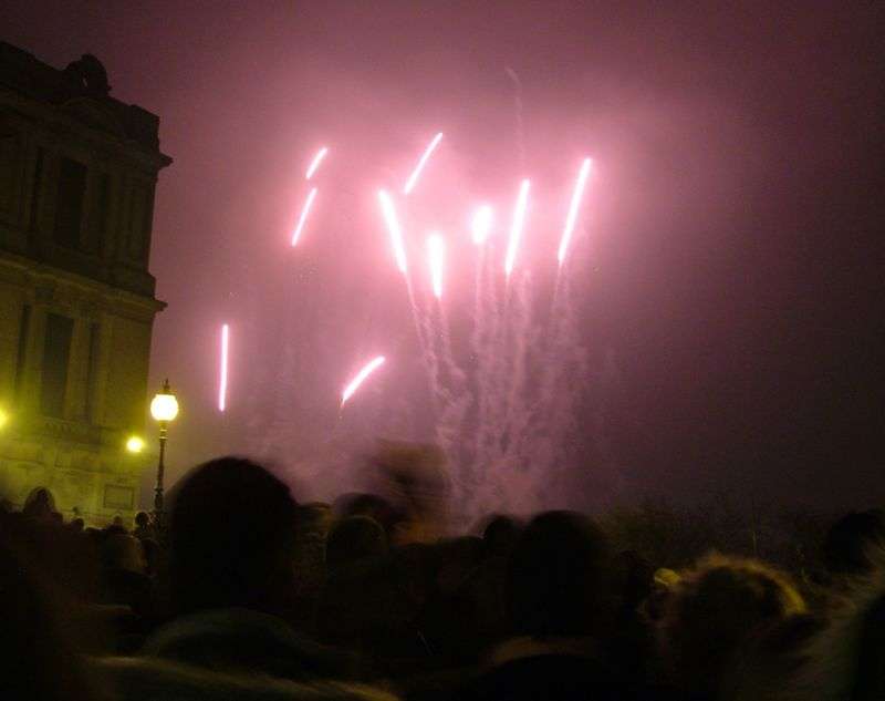 2004_1106allypallyfireworks0064