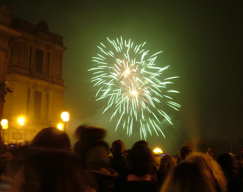 2004_1106allypallyfireworks0002