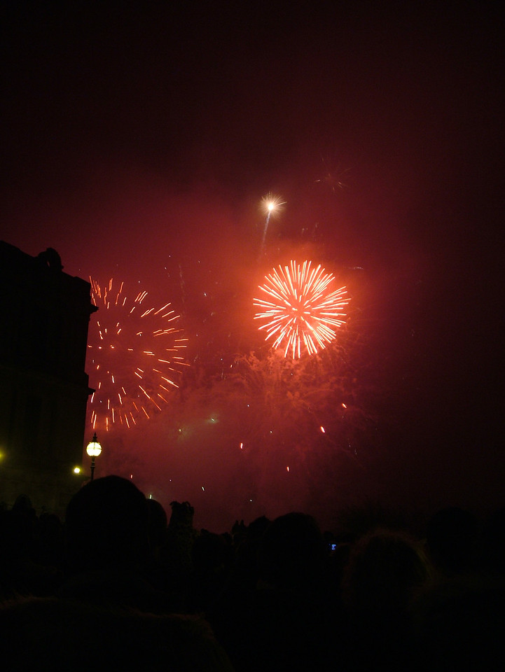 2004_1106allypallyfireworks0079