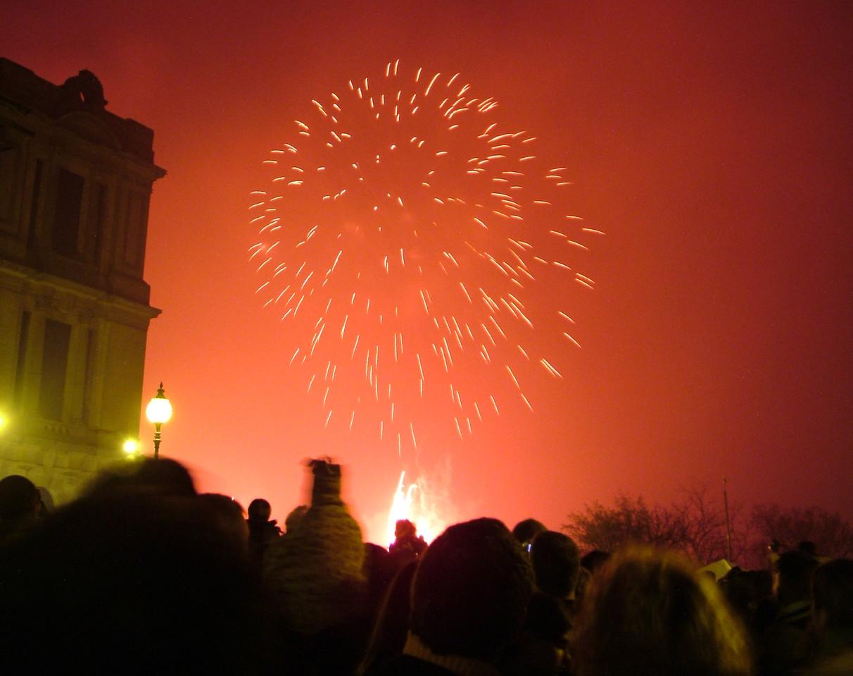 2004_1106allypallyfireworks20001