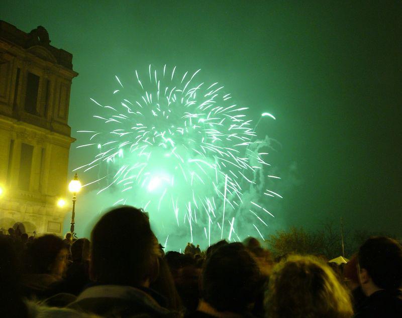 2004_1106allypallyfireworks20004