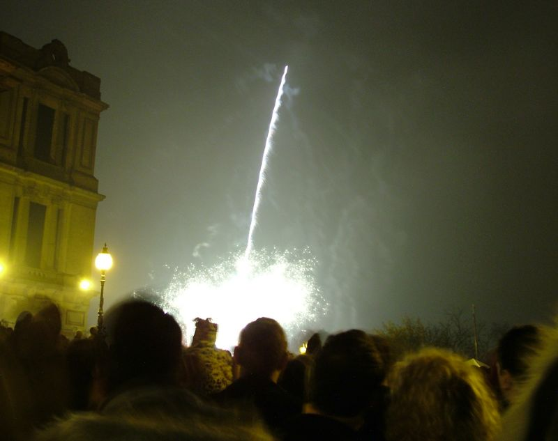 2004_1106allypallyfireworks0066