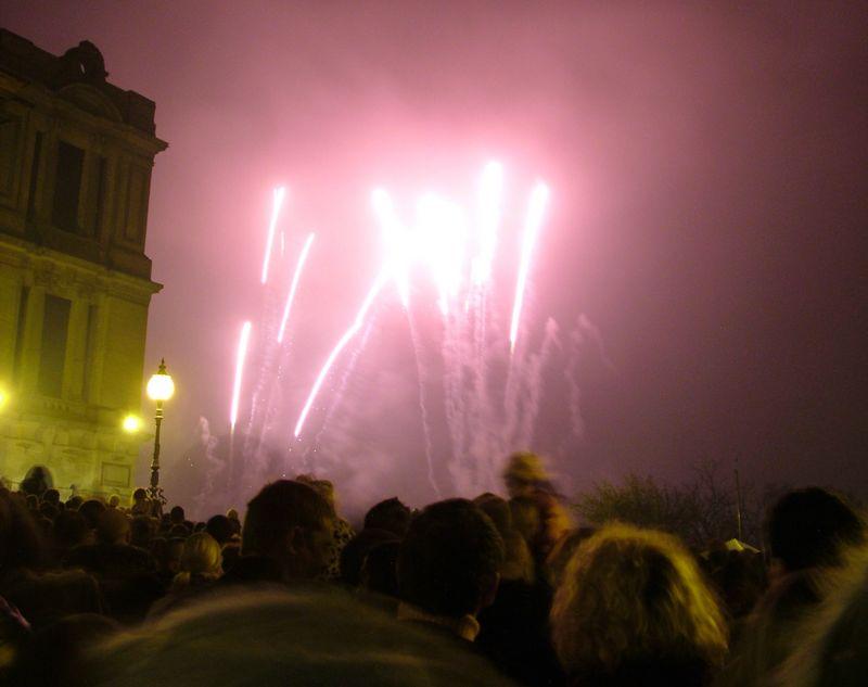 2004_1106allypallyfireworks0063