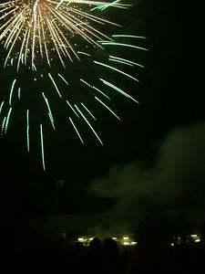 2004_1105putneyfireworks20055