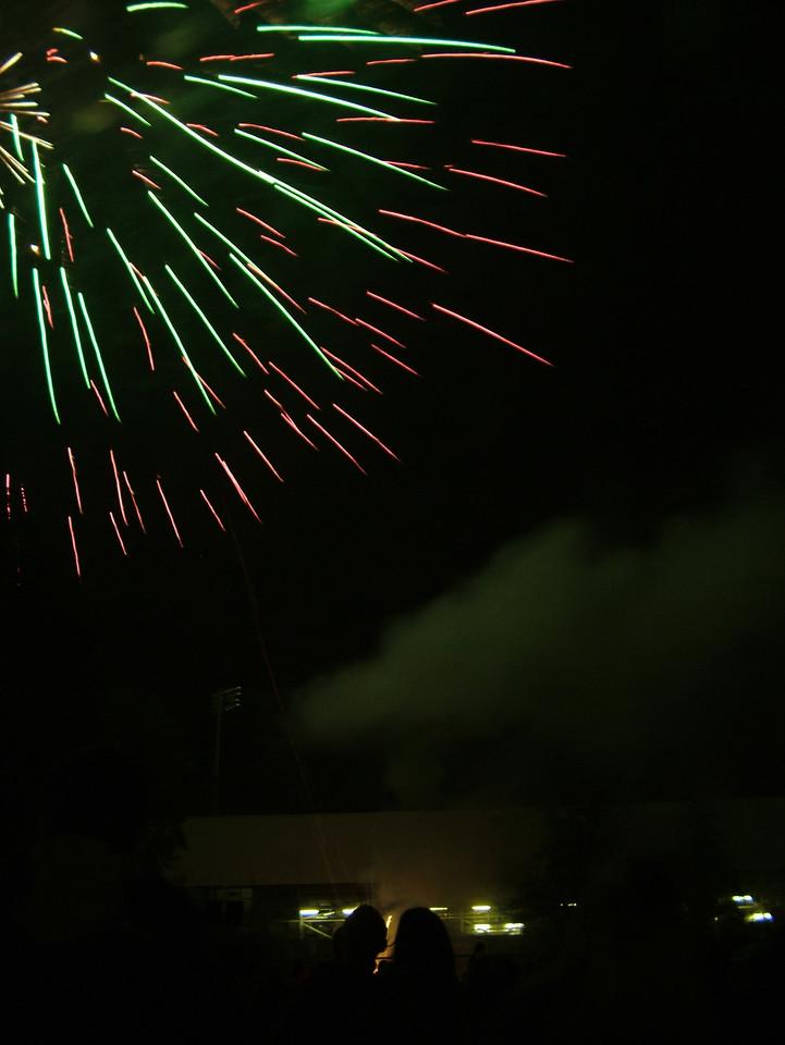 2004_1105putneyfireworks20054