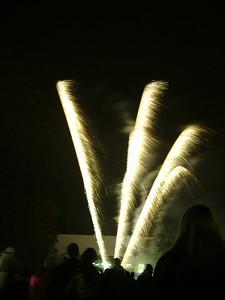 2004_1105putneyfireworks20016