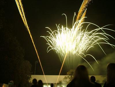 2004_1105putneyfireworks20015
