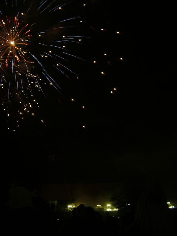 2004_1105putneyfireworks20056