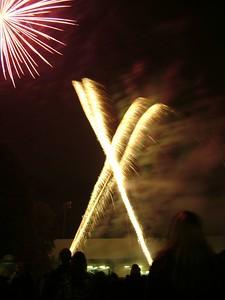 2004_1105putneyfireworks20030