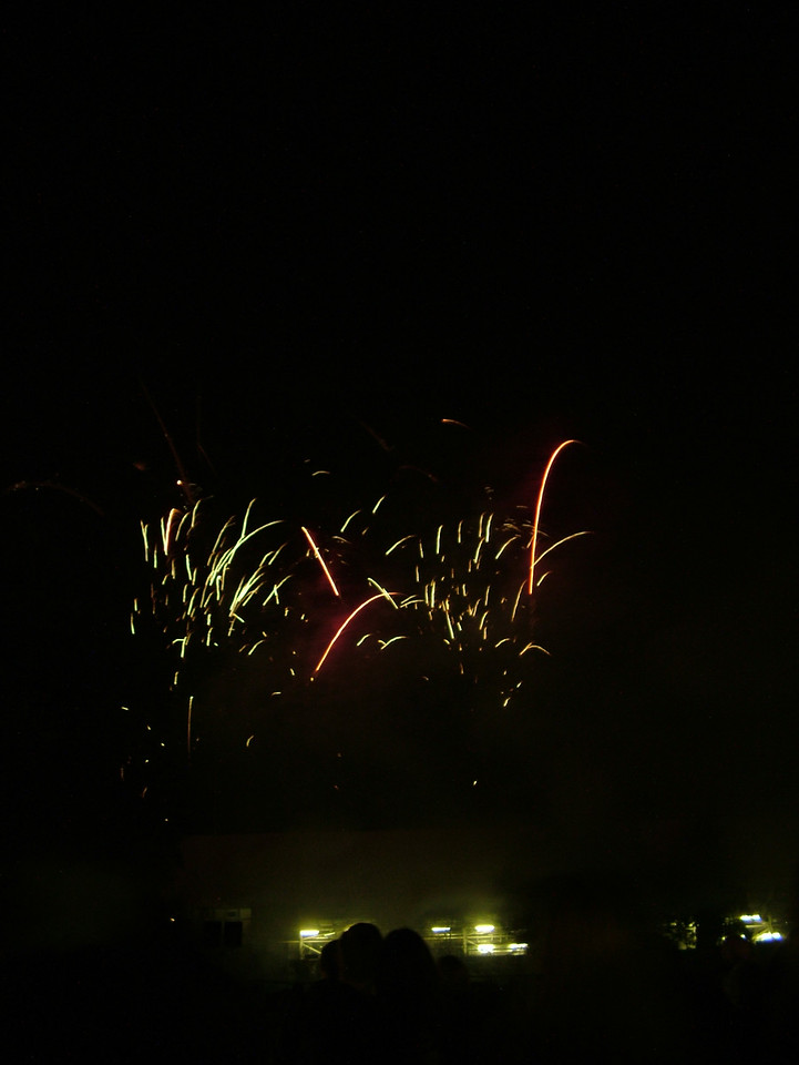 2004_1105putneyfireworks20064