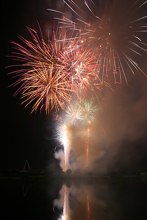 Essex Pyrotechnics at British Musical Fireworks Championships, Southport, 2007