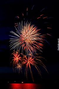 Watercade Fireworks on Lake Ripley