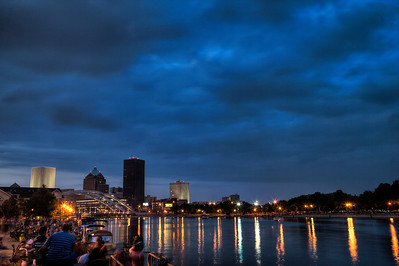 Rochester Crowd gathers for Fireworks display, July 4th 2012, HDR