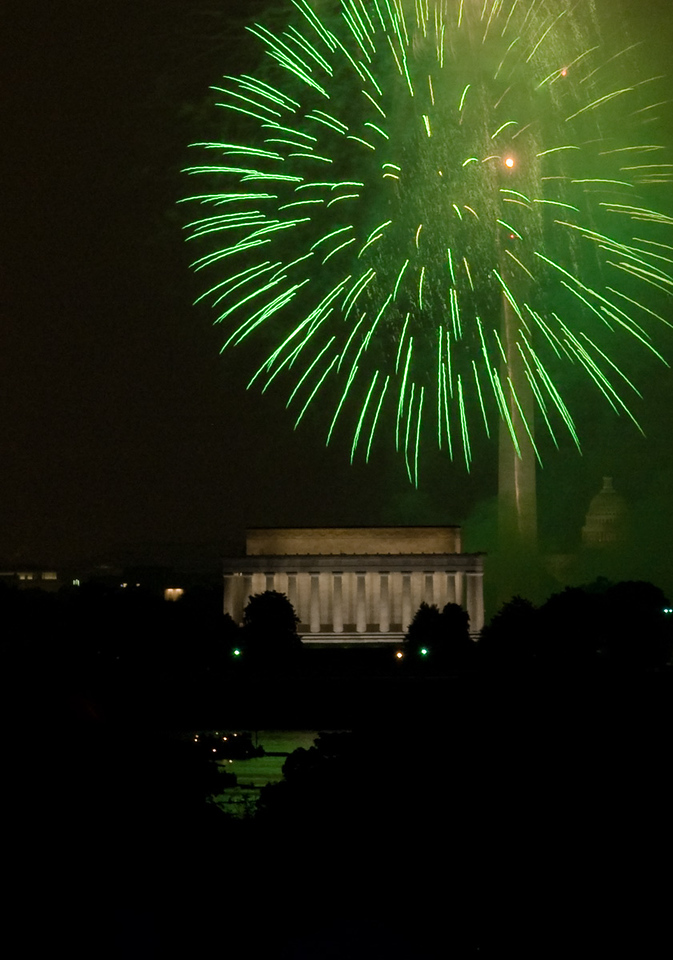 July 4th, 2008 Washington DC Fireworks as seen from the Netherlands Carillon