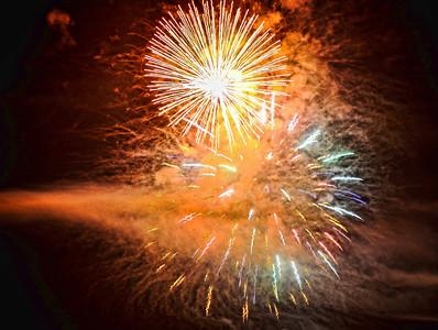 night-fireworks-10