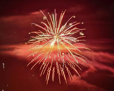 night-fireworks-3-2