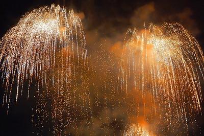 night-fireworks-4