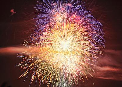 night-fireworks-2-3