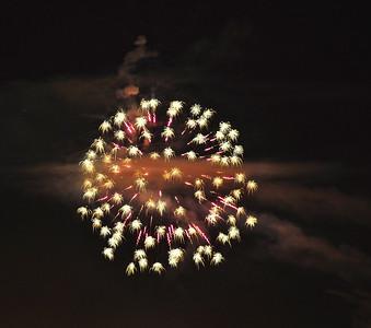 night-fireworks-8