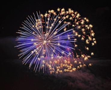 night-fireworks-2-2