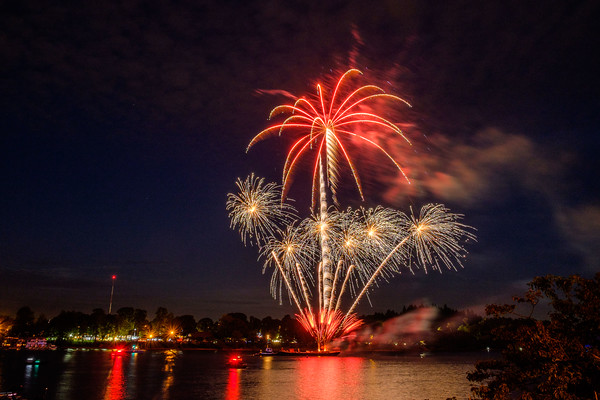 Waterfront 4th of July Fireworks 2014