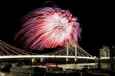 Albert Bridge Fireworks Finale
