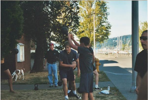 CrossFit Challenge competitors