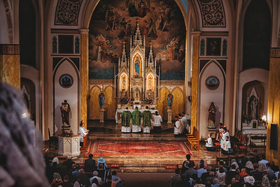 FSSP LatinMass St  Marys 3 priest altar 3-1