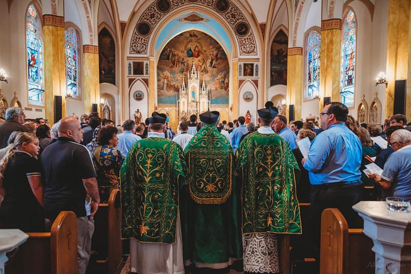 FSSP LatinMass St  Marys 3 priest procession 3-1