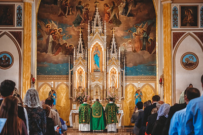 FSSP LatinMass St  Marys 3 priest altar 2-1