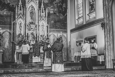 FSSP LatinMass St  Marys incense 6 b+w-1