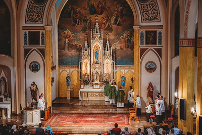 FSSP LatinMass St  Marys 3 priest altar 5-1