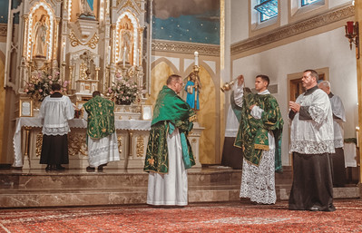 FSSP LatinMass St  Marys incense 2-1