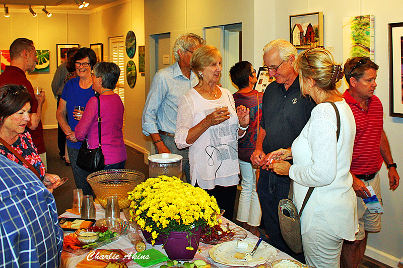 Good attendance at the Lynchburg Art Club and Gallery