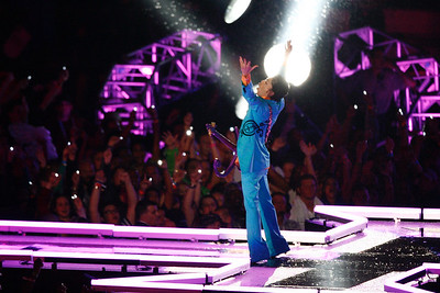 Prince performs during the Super Bowl halftime show. The Indianapolis Colts and the Chicago Bears match-up in Super Bowl XLI in Miami, FL on Sunday night, Feb 4, 2007. This is the Indianapolis Colts' first time in the Super Bowl. (Sam Riche / The Indianapolis Star)