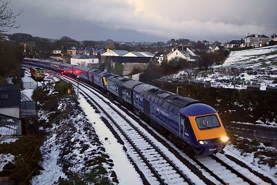 43181 and 43198 on HST drag at Totnes