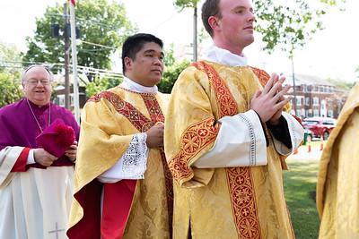 _NIK3933 Fr  Carlo Santa Teresa First Mass  _
