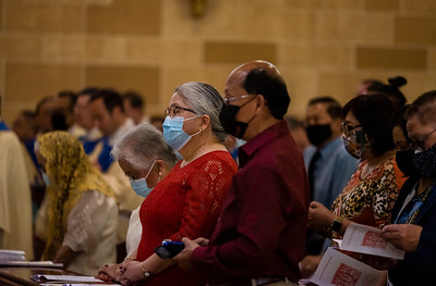 _NIK4039 Fr  Carlo Santa Teresa First Mass  _