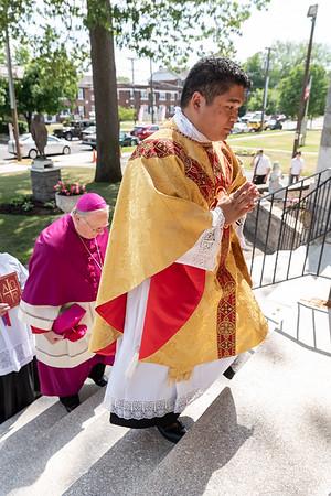 _NIK3955 Fr  Carlo Santa Teresa First Mass  _