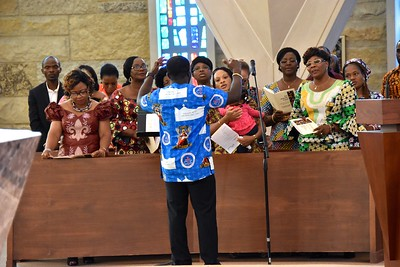 The Togolese choir from Christ the King parish in Moloine, IL and Saint Ambrose in Chicago