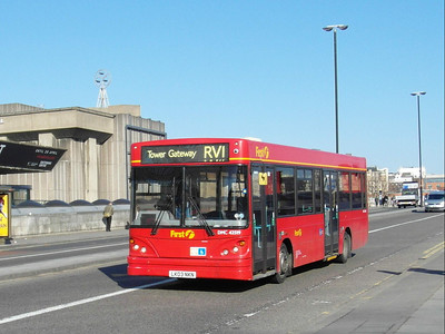 42519 - LK03NKN - London (Waterloo Bridge) - 2.4.13