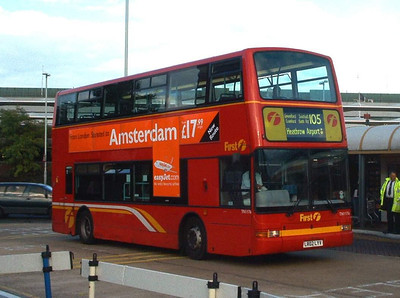 33176 - LR02LYV - Heathrow Airport (bus station) - 30.10.03